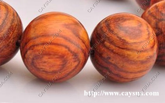 Tràng hạt gỗ sưa đỏ [sản phẩm làm từ gỗ sưa đỏ]